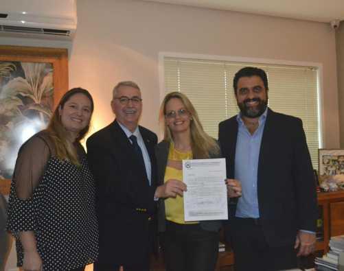 Sardelli reúne 25 municípios com diretor da Univesp