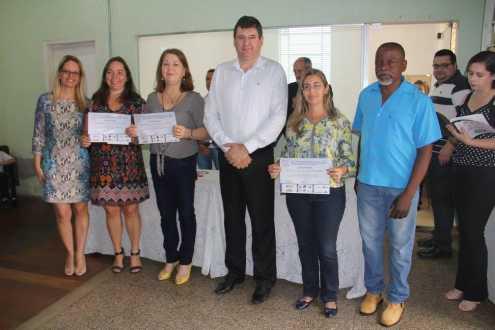Entrega de medalhas aos alunos vencedores da Olimpíada Brasileira de Astronomia e Astronáutica