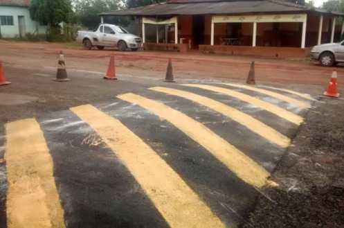 Prefeitura de Limeira instala lombada na Via Martim Lutero