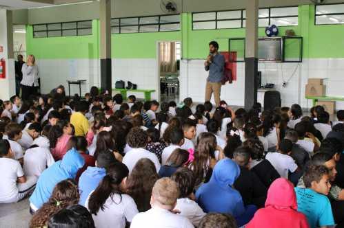 Escola de Limeira recebe palestra sobre arborização urbana