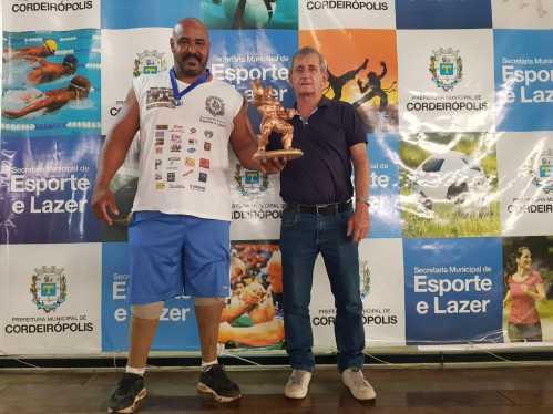 Atleta revelação: Cordeiropolense é campeão de Halterofilismo