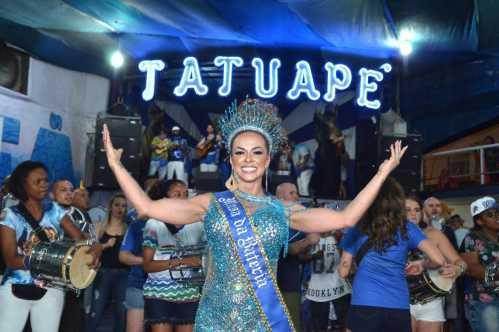 Renata Spallicci é a nova Musa de Bateria da Acadêmicos do Tatuapé