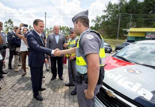Governador autoriza armas de calibre 12 em todas as viaturas de radiopatrulha da PM