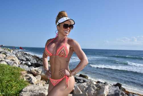 Diva Fitness Renata Spallicci fala sobre férias dos sonhos em Cancún e na Riviera Maya
