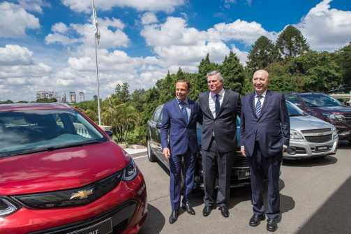 Governo de SP mantém GM no Estado e montadora anuncia investimentos de R$ 10 bilhões