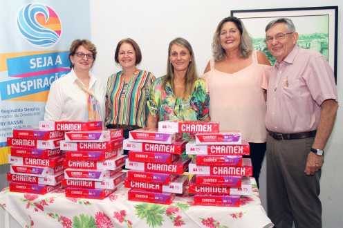Rotary Cordeirópolis presta homenagem pelo Dia da Mulher e faz doação a entidade