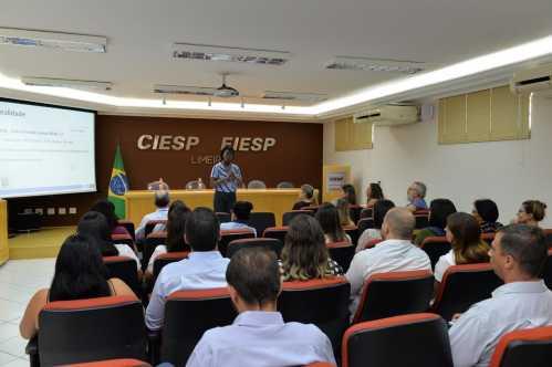 Encontro com representantes de empresas reforça luta no combate à dengue