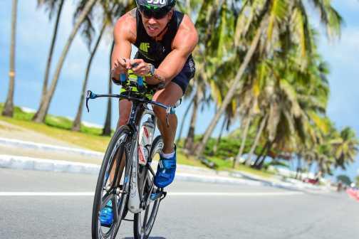 Médico triatleta fala dos benefícios do esporte para prevenir doenças cardiovasculares