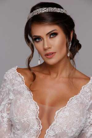 Pre wedding: noiva de Leandrinho Barbosa arrasa em ensaio para editorial de noivas
