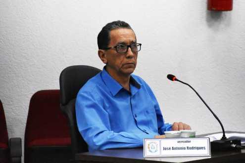 Vereadores aprovam projeto para realização de exames oftalmológicos em alunos da rede municipal