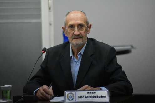 Vereador Botion requer informações do trabalho de combate a dengue em Cordeirópolis