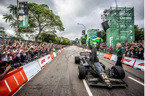Heineken F1 Festival Senna Tribute emociona fãs e pilotos em São Paulo