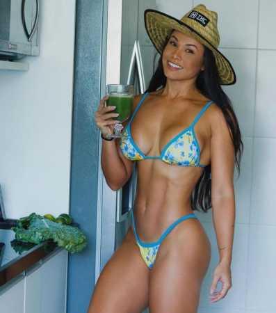 Fernanda D'avila exibe boa forma e impressiona seguidores no instagram