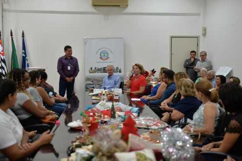 """Paço Municipal de Limeira terá primeira edição do """"Mercado de Natal"""""""