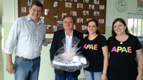 APAE de Cordeirópolis recebe veículo zero KM nesta segunda-feira