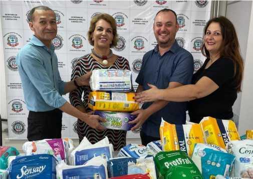 Fundo Social de Limeira recebe doação de fraldas