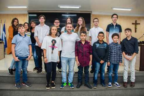 Vereadores Juniores de Limeira encerram o ano com leitura de projetos