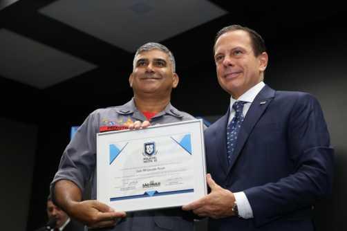 Governo de SP entrega prêmio Policial Nota 10 a 29 homenageados