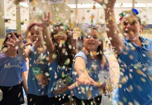 Escola de Ribeirão Preto promove Grito de Carnaval