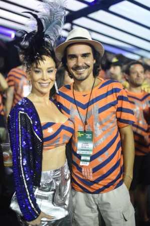 Camarote Allegria recebe famosos no segundo dia de desfiles do Grupo Especial
