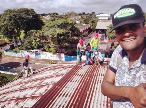 Ginásio de Esportes do Centro de Cordeirópolis está recebendo melhorias no telhado