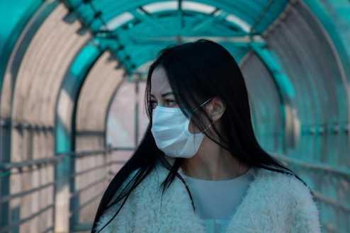 Governo de SP e Prefeitura da capital firmam parceria com bancos privados para produção de 2 milhões de máscaras sociais