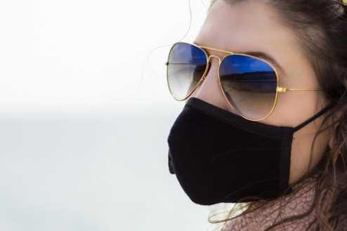 Máscaras e óculos: dicas para não embaçar as lentes