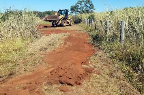 Prefeitura de Limeira abre aceiro no Horto Florestal para evitar propagação de queimadas