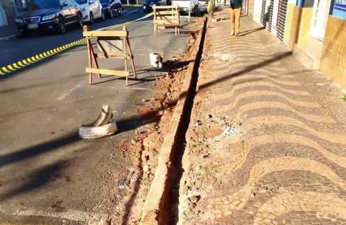Principal centro comercial de Cordeirópolis recebe melhorias