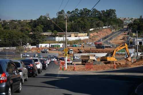 Obras de viaduto em Limeira avançam para implantação de estacas de sustentação