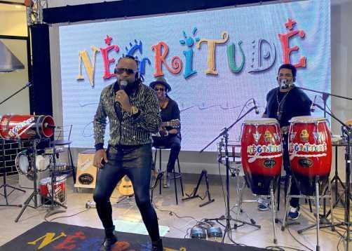 Grupo Negritude Jr realiza LIVE de 4 horas para festejar 34 anos de carreira