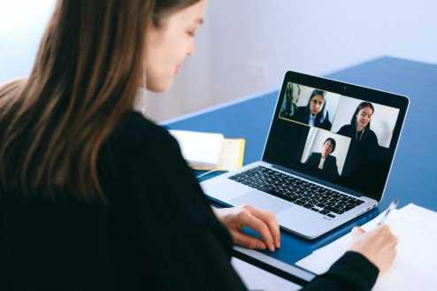 Videoconferências: o que fazer e o que não fazer?