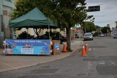 Campanha do Agasalho em Limeira arrecada 2 mil peças em drive-thru