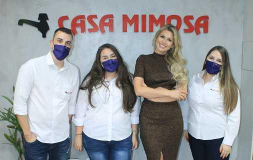 Lívia Andrade apresenta LIVE do Dia do Instalador Hidráulico