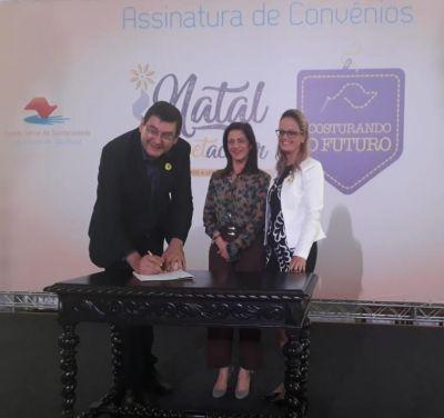 Fundo Social de Cordeirópolis adere aos projetos Natal Espetacular e Costurando o Futuro