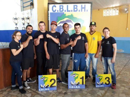 Atletas de Cordeirópolis sobem ao pódio na Copa Brasil de luta de braço