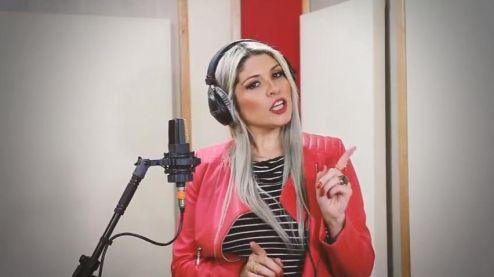 Em projeto artesanal e orgânico, Adryana Ribeiro lança música e vídeo clipe do hits 'Baile do Beija Beija'