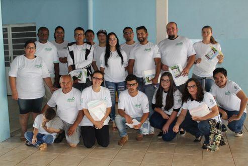 Prefeitura reúne moradores e voluntários em programa de coleta seletiva no Jardim Cordeiro