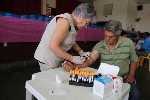 Aposentados participam da campanha de prevenção ao câncer de próstata