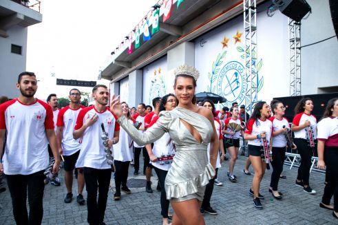 Wendy Tavares é destaque no lançamento do CD das Escolas de Samba da Liga em São Paulo