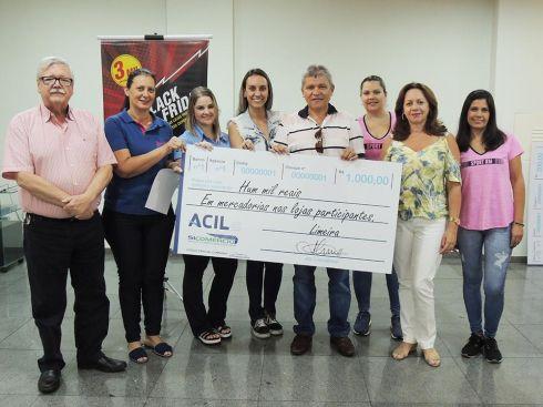 ACIL Limeira entrega prêmios da campanha Compras Premiadas