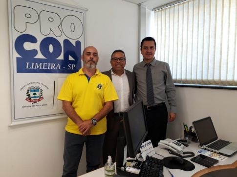 Procon recebe visita de gerentes do Banco do Brasil de Limeira