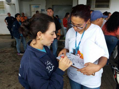 """Mutirão contra dengue em Limeira """"dribla"""" chuva e visita 2.054 imóveis"""