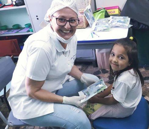 Prefeitura entrega 5 mil kits de higiene bucal nas escolas de Cordeirópolis
