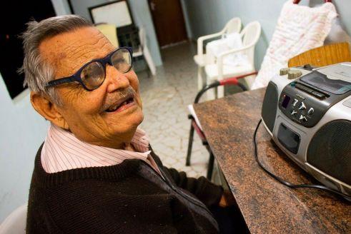 """Figura popular de Limeira, """"Luizinho Pipoqueiro"""" morre aos 87 anos"""