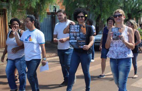 Conscientização sobre o respeito às mulheres mobiliza crianças e adultos no Jd. Eldorado