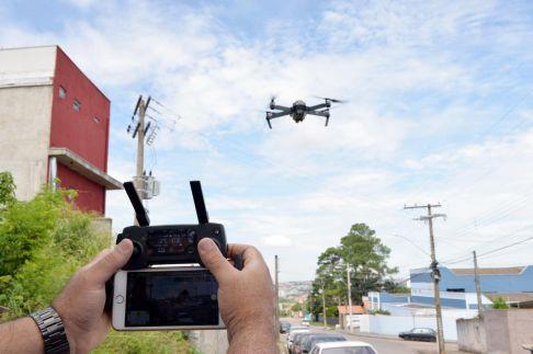 Operação da prefeitura de Limeira usa drone no combate à dengue