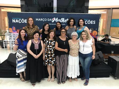 Mulheres debatem sobre a importância do tempo no Shopping Nações em Limeira