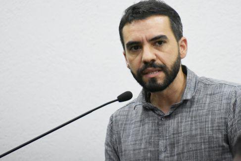 Secretário Meio Ambiente de Cordeirópolis usa Tribuna Livre durante a Sessão