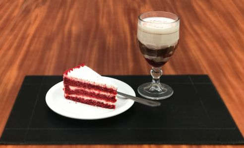 Dose dupla de Strogonoff de morango com chocolate Belga adoça o Dia dos Namorados